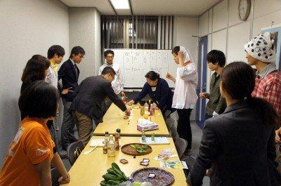 こんな感じで小松菜食べてました。